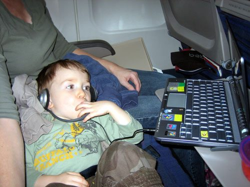 Easing Ear Pressure and Other Ways to Keep Kids Comfortable on a Plane