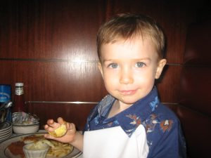 my 3yo at Oceanaire Seafood Room