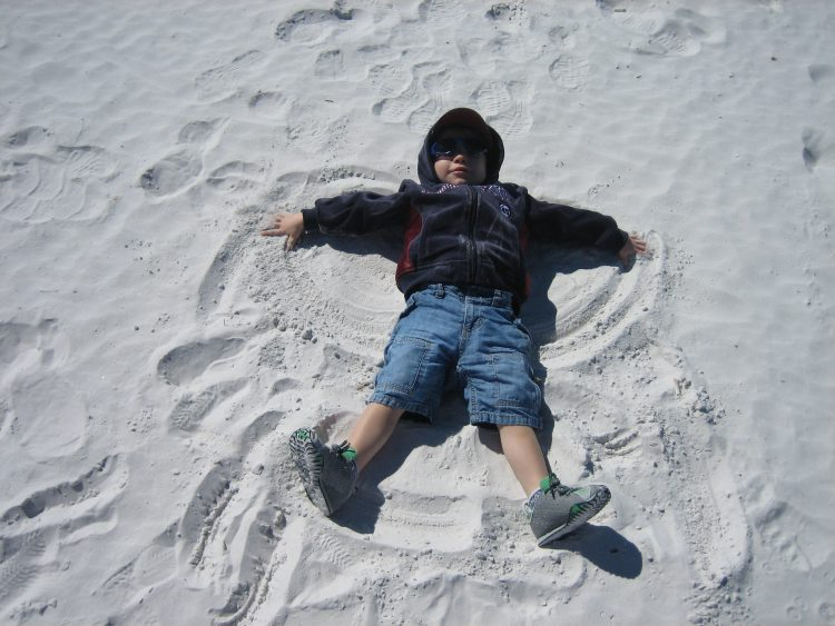 Florida with kids? Enjoy the white crystalline sand on the #1 Florida Beach Siesta Beach Sarasota Florida