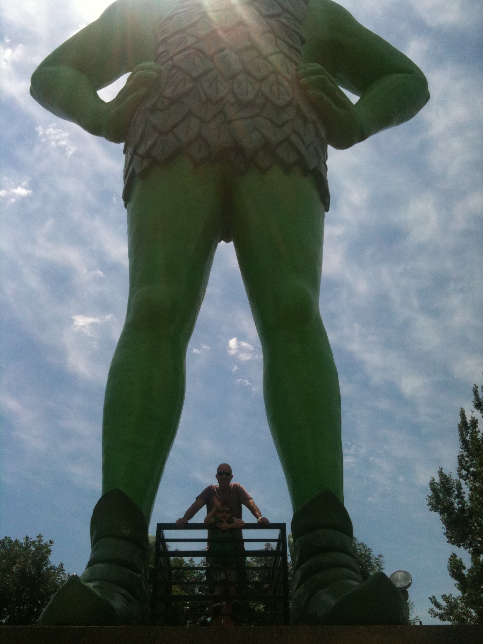 Photo Friday: Jolly Green Giant Statue