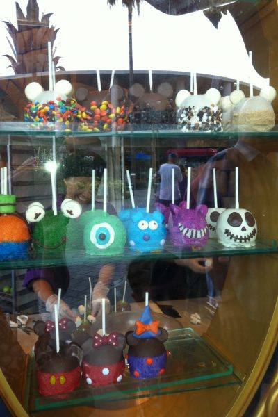 Photo Friday:  Caramel Apples – Disney Style!
