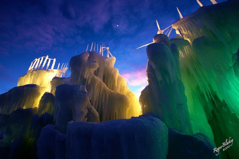40-Foot High Ice Castle Coming to Mall of America®