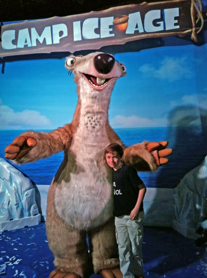 Camp Ice Age @ Mall of America. Copyright Stephany Wiestling. All rights reserved.