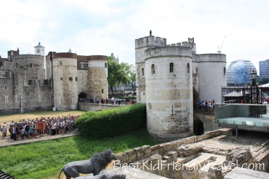 Tower of London - London vacation - copyright Stephany Wiestling - All rights reserved.