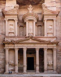 Facade of Al Khazneh, Petra, Jordan. Author: Bernard Gagnon