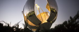Image of Floralis Genérica in Buenos Aires.