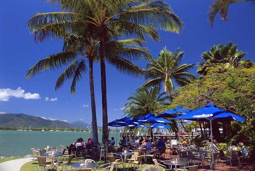 Hilton Cairns AU