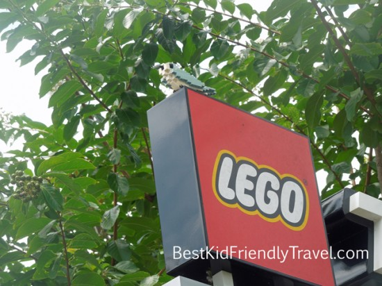 LEGO bird on the sign at LEGOLAND Florida by Best Kid Friendly Travel
